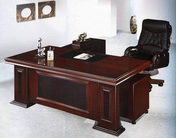 Lựa chọn bàn giám đốc phù hợp